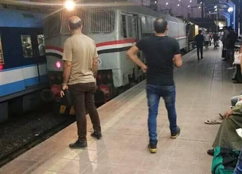 """متحدث """"المترو"""" يكشف حقيقة صورة جرار السكة الحديد بإحدى المحطات"""