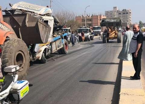 منع نزول السيارات الثقيلة ومعالجة طريق الشرفا في المنيا