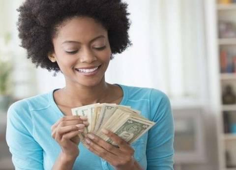 دراسة: الدخل العالي يحسن الصحة ويشعر صاحبه بالرضا