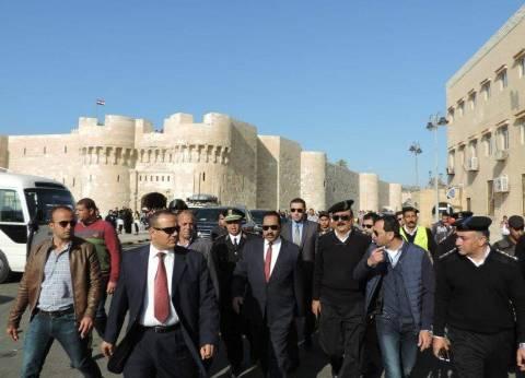 مدير أمن الإسكندرية يتفقد قلعة قايتباي في احتفالات شم النسيم