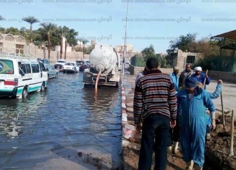 رئيس مدينة أسوان: حل كسر متكرر بخط الصرف الصحي بطريق السادات
