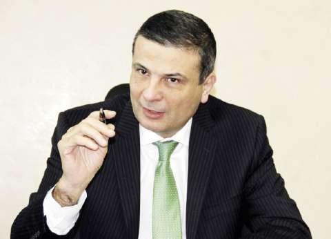 «الأهلى المصرى» يصدر بطاقات «الخصم المباشر» و«مسبقة الدفع» و«ميزة» مجاناً