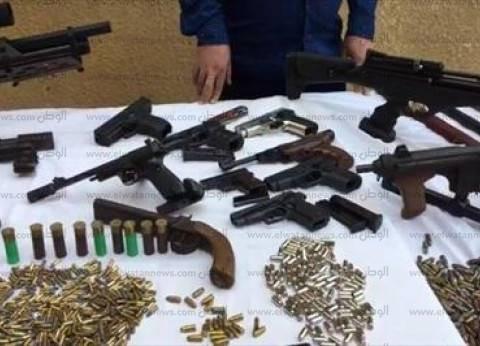 """""""الأمن العام"""": ضبط 112 قطعة سلاح مع 100 متهم بالمحافظات"""