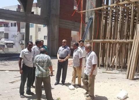 محافظ البحر الأحمر يتفقد أعمال الإنشاءات بجامع الدهار في الغردقة