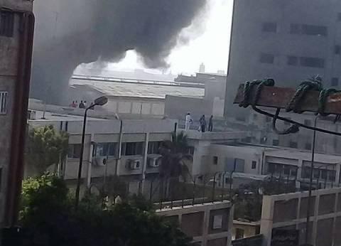 موجز الثالثة| السيطرة على حريق مصنع الإسكندرية.. وحل برلمان كتالونيا