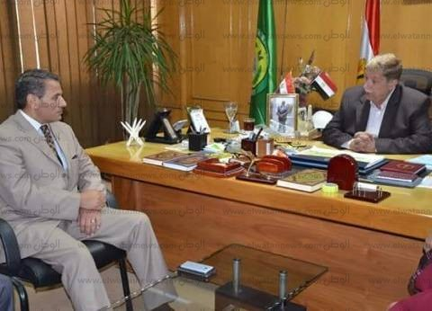 محافظ الإسماعيلية يستقبل رئيس الإدارة المركزية للمنطقة الحرة