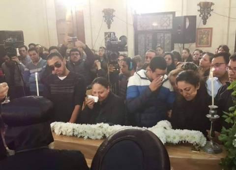 أول صلاة داخل «البطرسية» بعد الحادث.. وإقامة «قداس اليوم الثالث» للضحايا فوق ركام الكنيسة.. وارتفاع عدد الشهداء إلى 24