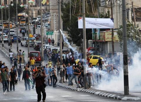 إصابة عشرات الفلسطينيين في اشتباكات مع الجيش الإسرائيلي