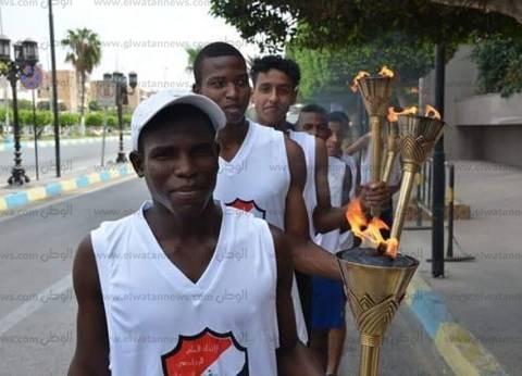 محافظ الإسماعيلية يوقد شعلة دوري الاتحاد المصري الرياضي للشركات