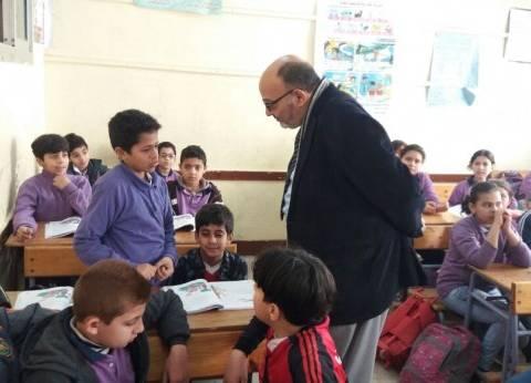 بالصور| مدير عام التربية والتعليم بالغربية يتفقد سير أحوال الدراسة بالمحافظة