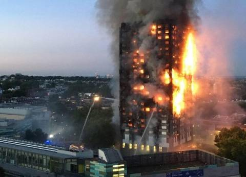 أسرة مصرية بين ضحايا حريق «لندن».. و«الخارجية»: نتابع
