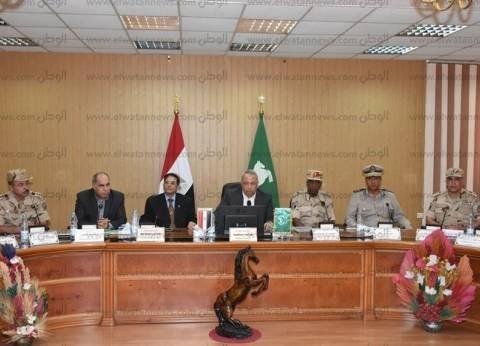 اجتماع بديوان الشرقية لمناقشة استعدادات مجابهة الأزمات والكوارث