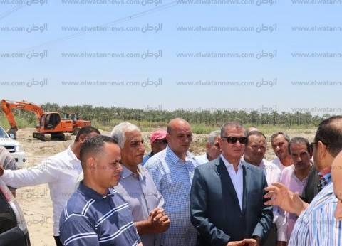 بالصور| محافظ كفر الشيخ يتفقد أرض مشروع الرمال السوداء ببلطيم