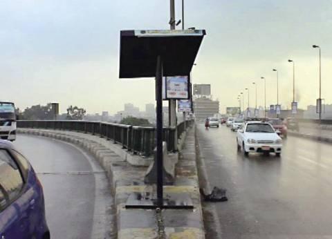 بالفيديو والصور| نزلت الأمطار.. فاختفى عساكر المرور من شوارع القاهرة والجيزة
