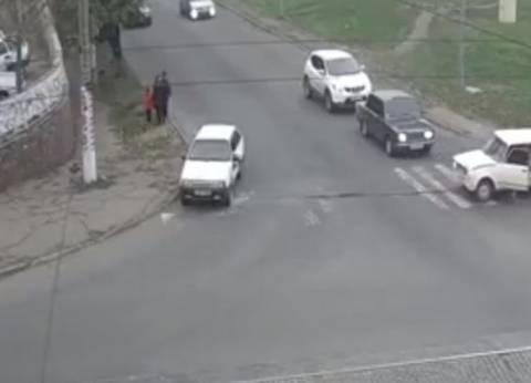 إصابة 7 في حادث تصادم سيارتين بالمنيا