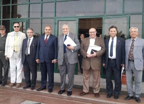 مستشار الرئيس يشيد بمستشفى جامعة الأزهر التخصصي