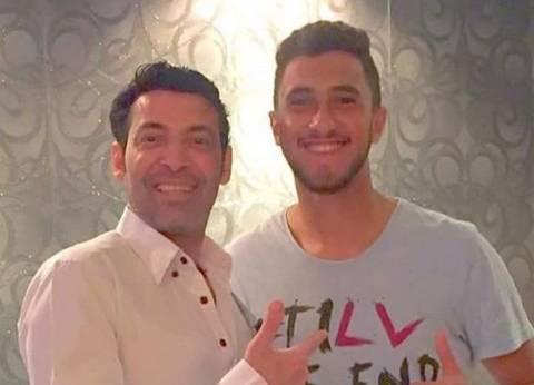 بالفيديو| نجل سعد الصغير يؤكد زواج والده من الراقصة شمس.. ويكشف السبب