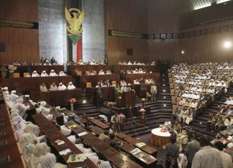 البرلمان السوداني يقر تمديد حالة الطوارئ في ولايتي كسلا وشمال كردفان
