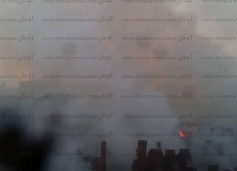 بالصور| السيطرة على حريق بمصنع كرتون في دمياط