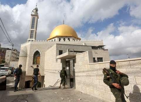 مالكو الأراضي الملاصقة لسور القدس وشخصيات اعتبارية يرفضون مخططات الاحتلال