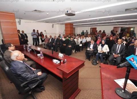 الكنيسة توزع عقود عمل على المشاركين في ملتقى التوظيف الأول ببورسعيد
