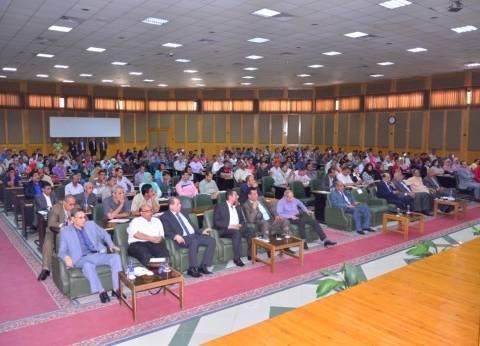 أمين عام جامعة عين شمس يبحث الاستعدادات للعام الدراسي الجديد