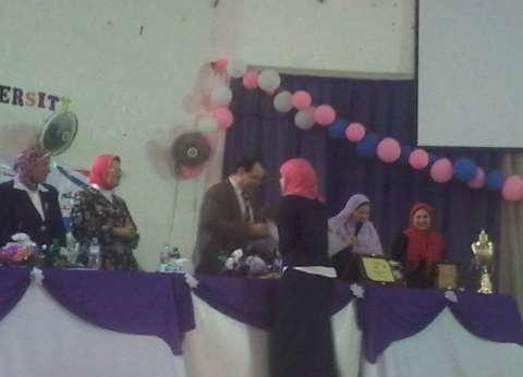 نائب رئيس جامعة الأزهر يفتتح موسم الأنشطة الطلابية لكليات البنات