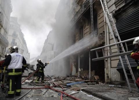 الشرطة الفرنسية تطالب المواطنين بتجنب المنطقة المحيطة بانفجار باريس