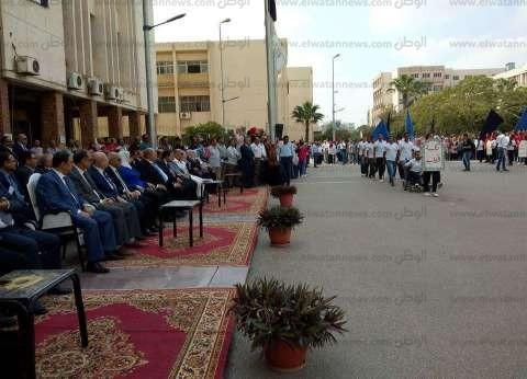 في أول يوم دراسة.. جامعة الزقازيق تنظم احتفالية لاستقبال الطلاب الجدد