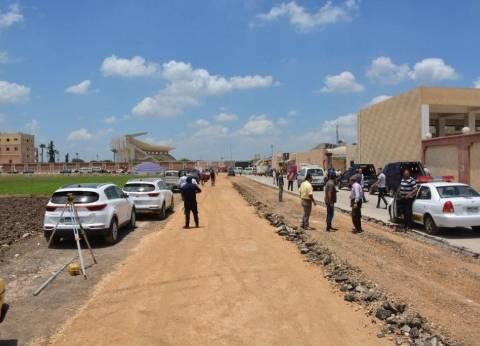 بالصور| محافظ الغربية يطالب بالانتهاء من طريق موقف سبرباي في 10 أيام
