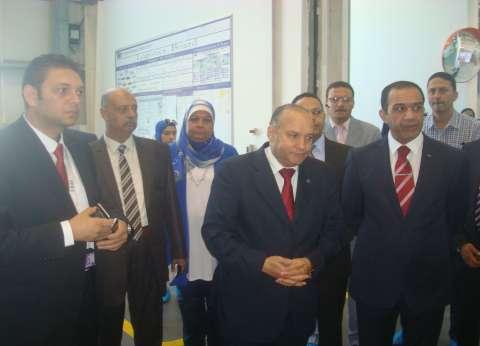 """""""عمر"""": هناك أزمة في تعدد الجهات المعنية بشؤون الاستثمار في مصر"""