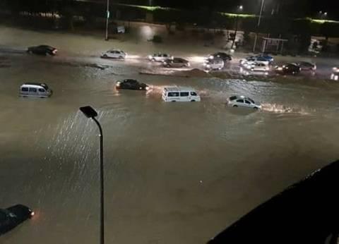 """الحكومة: انقطاع الكهرباء عن محطات رفع المياه سبب غرق """"التجمع الخامس"""""""