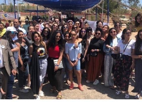 طلاب أكاديمية الفنون يدلون بأصواتهم في التعديلات الدستورية بشرم الشيخ