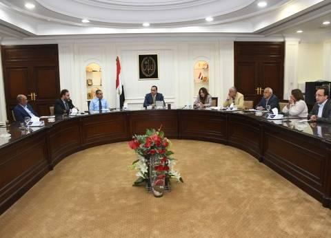 مصطفى مدبولي يطالب بتشغيل مدارس الحي السكني بالعاصمة الإدارية الجديدة