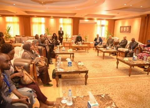 هيئة قناة السويس تستقبل وفدا من هيئات الموانئ بـ17 دولة إفريقية