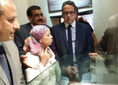 """النمنم يحل كضيف شرف على جولة وزير الآثار بعد أزمة """"البيان الصحفي"""""""