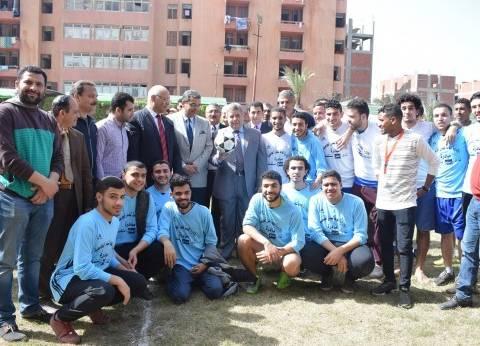 القاضي يشهد مهرجان المدن الجامعية بجامعة بنها ويشيد بدور الطلاب