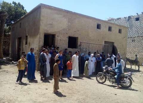 تجمهر أهالي 4 قرى بالمنيا للمطالبة بإنشاء مطبات صناعية