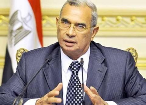 """اللواء رفعت قمصان: الطائرة المخطوفة أثبتت جدارة """"مصر للطيران"""" في التعامل مع الأزمة"""