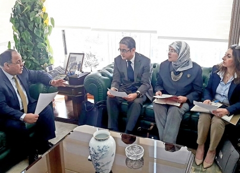 """وزير المالية يجتمع بوفد وكالة اليابان للتعاون الدولي """"جايكا"""""""
