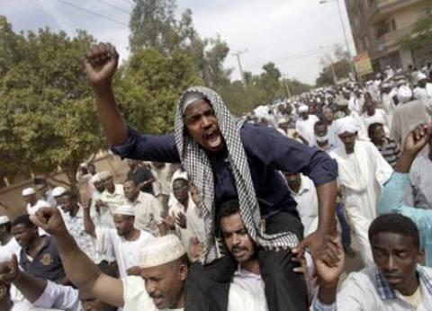أجهزة الأمن السودانية تواصل مصادرة الصحف بسبب الاحتجاجات