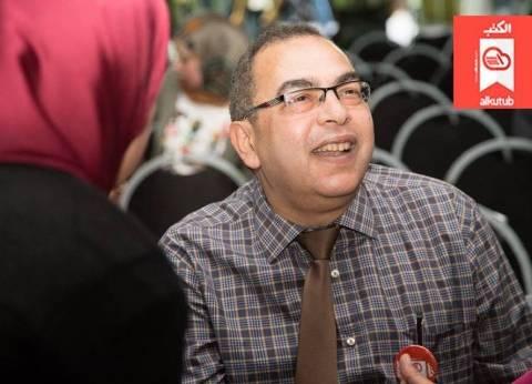 """أطباء الغربية تنعى أحمد خالد توفيق: """"فقدنا أخا عزيز وزميلا غاليا"""""""