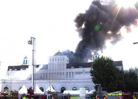 """حريق في المسجد الكبير بـ""""ميرتون"""" البريطانية"""