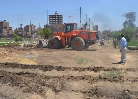 إيقاف أعمال بناء مخالف على مساحة 24 مترا بمركز مغاغة في المنيا