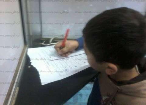 قاض يسمح لطفل استقبلة السيسي بقصر الاتحادية بالتصويت في بطاقة والده الانتخابية