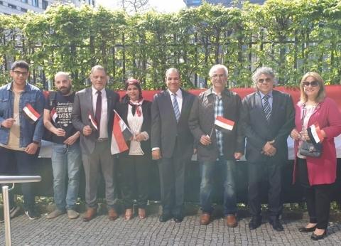 سفير مصر في المغرب: السفارة تشهد مشاركة واسعة بالاستفتاء