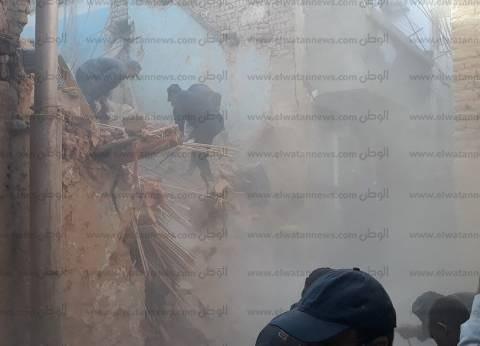 انهيار منزل بسبب حفر أساسات عقار سكني في المنيا.. ونجاة ساكنيه