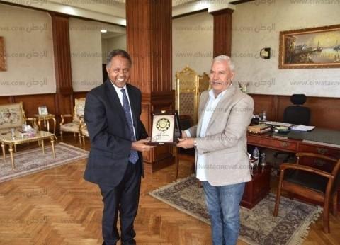 محافظ مطروح يستقبل ممثل برنامج الغذاء العالمي بمصر