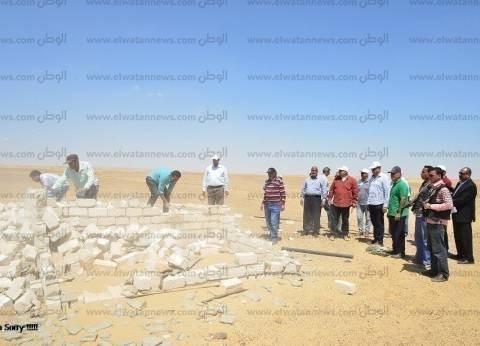 إزالة 4 منازلة و57 محل ومزرعتي دواجن تعديات على أراضي الدولة بمطروح