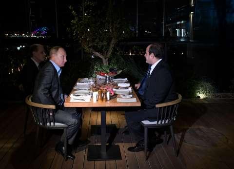 سياسي روسي: استضافة بوتين للسيسي في مطعم بسوتشي لا يحدث مع أي رئيس